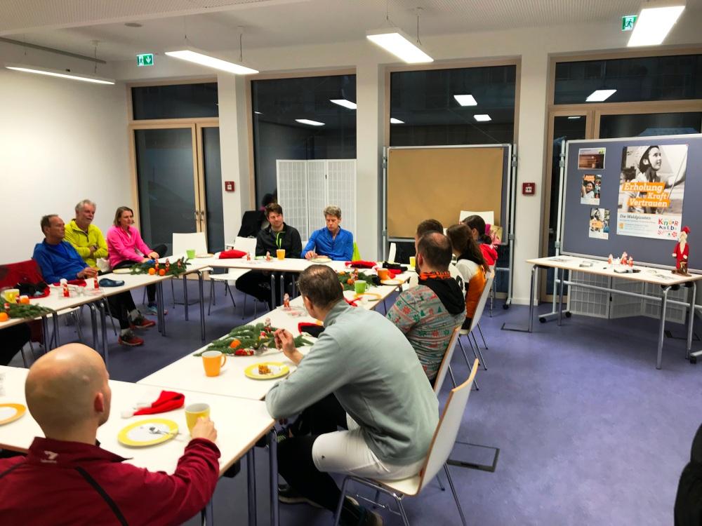 Nikolaus Zipfelmützenlauf Networking im Bürgerhaus